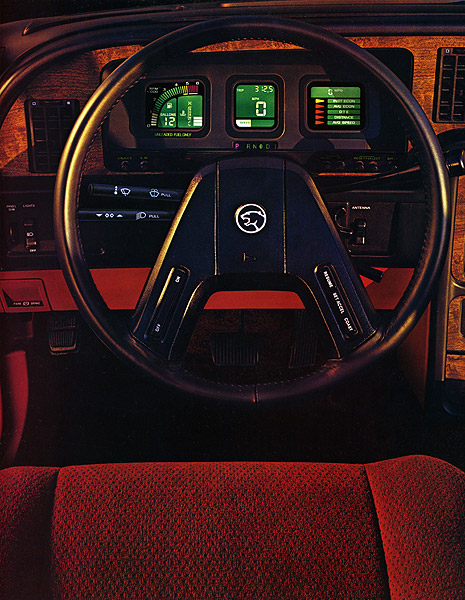 Photo of brochure for Mercury Cougar (1987-1989)