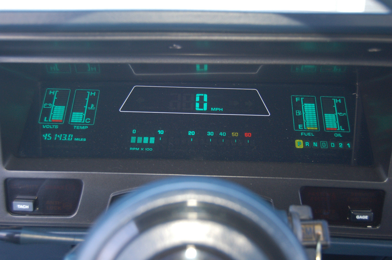 Oldsmobile Toronado (1986-1992). Note that the text information below the speed can show RPM as well.